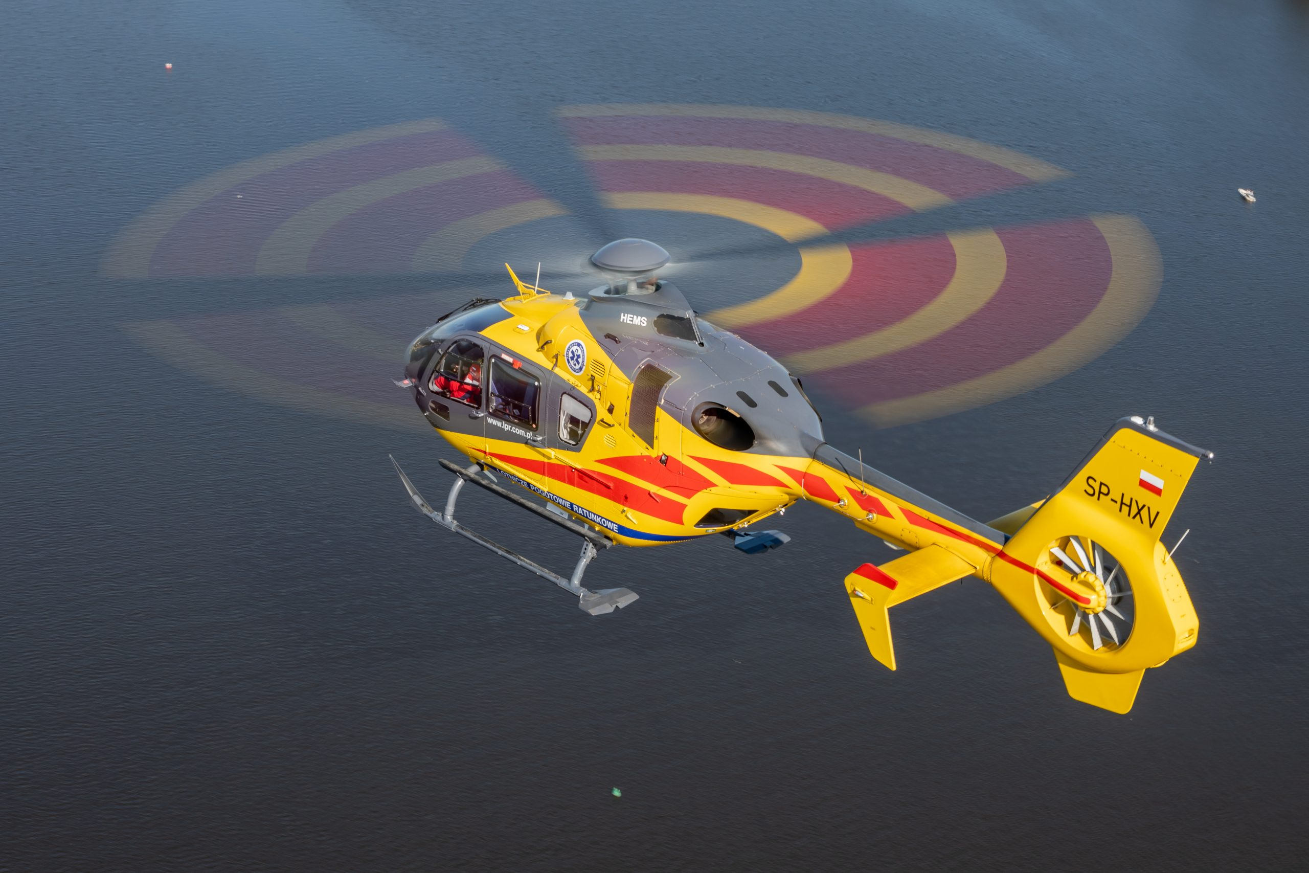 A Full-On Approach to Helicopter Safety